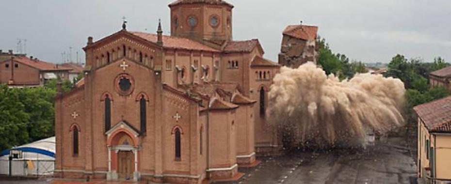 Il dopo sisma in Emilia: pulizia etnica del patrimonio