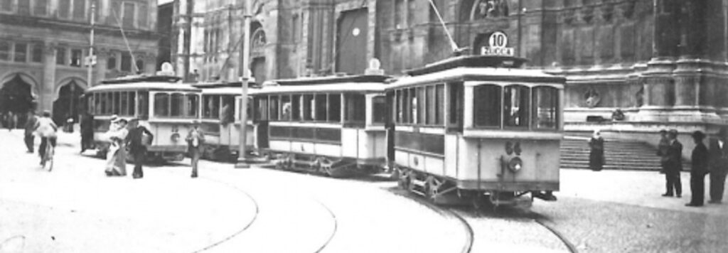 """Bologna: da """"hanno rubato un tram"""" a """"un tram che si chiama desiderio"""""""