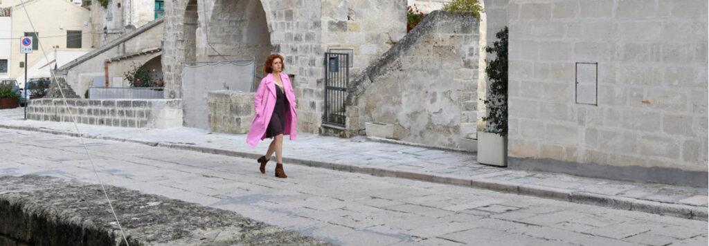 Matera 2019: se la città dei sassi viene vista con gli occhi accomodanti del personaggio Imma Tataranni