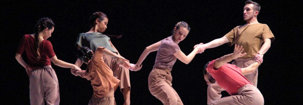 Incursioni e radicamenti: danza e territorio in Emilia Romagna