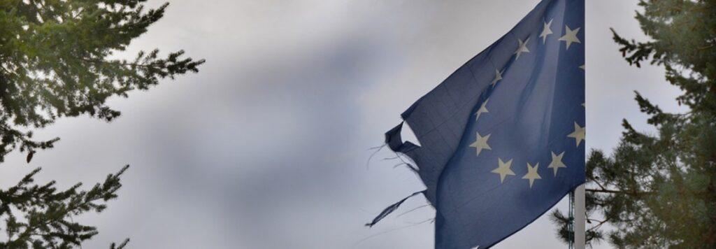 """I rischi sui debiti e i lati oscuri del """"salva Stati"""""""