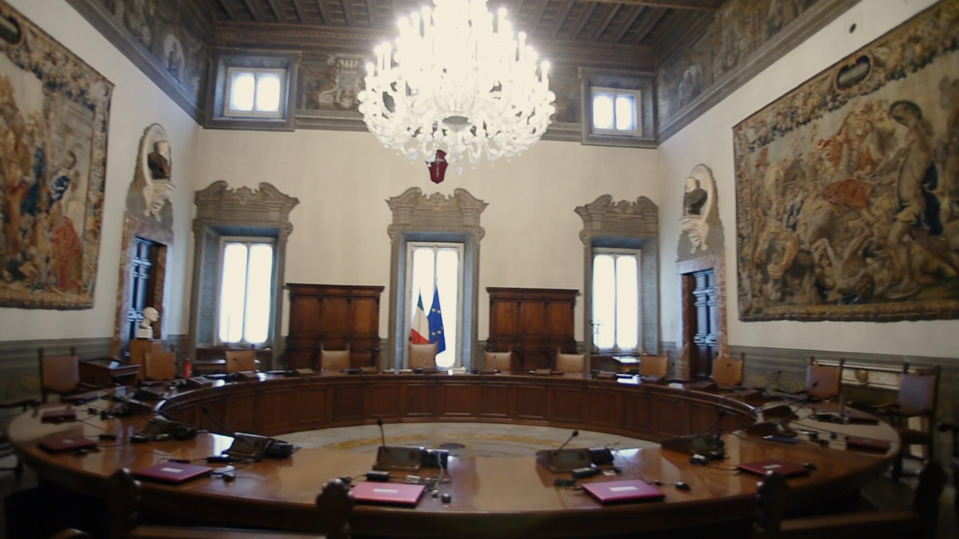 """Democrazia di genere """"per decreto"""" e soglia dell'otto per cento: gli sbarramenti alla democrazia in Puglia."""