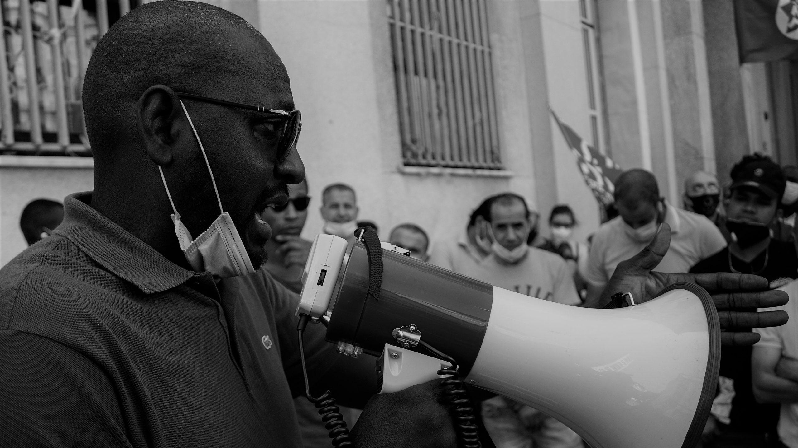 Tra ricatti e violenze, la resistenza dei lavoratori Fedex-Tnt