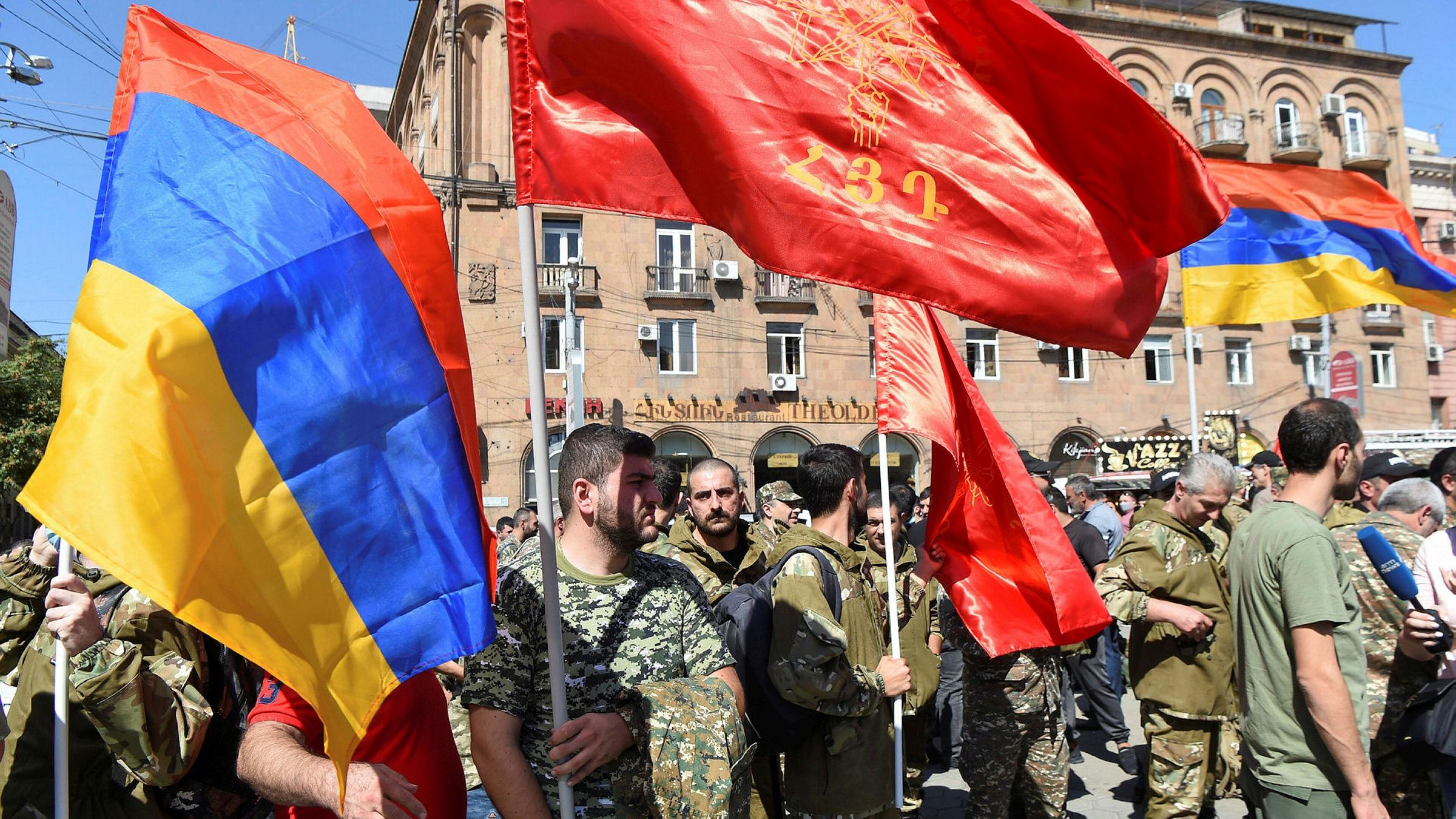Russia e Turchia si sfidano nel conflitto del Nagorno Karabakh