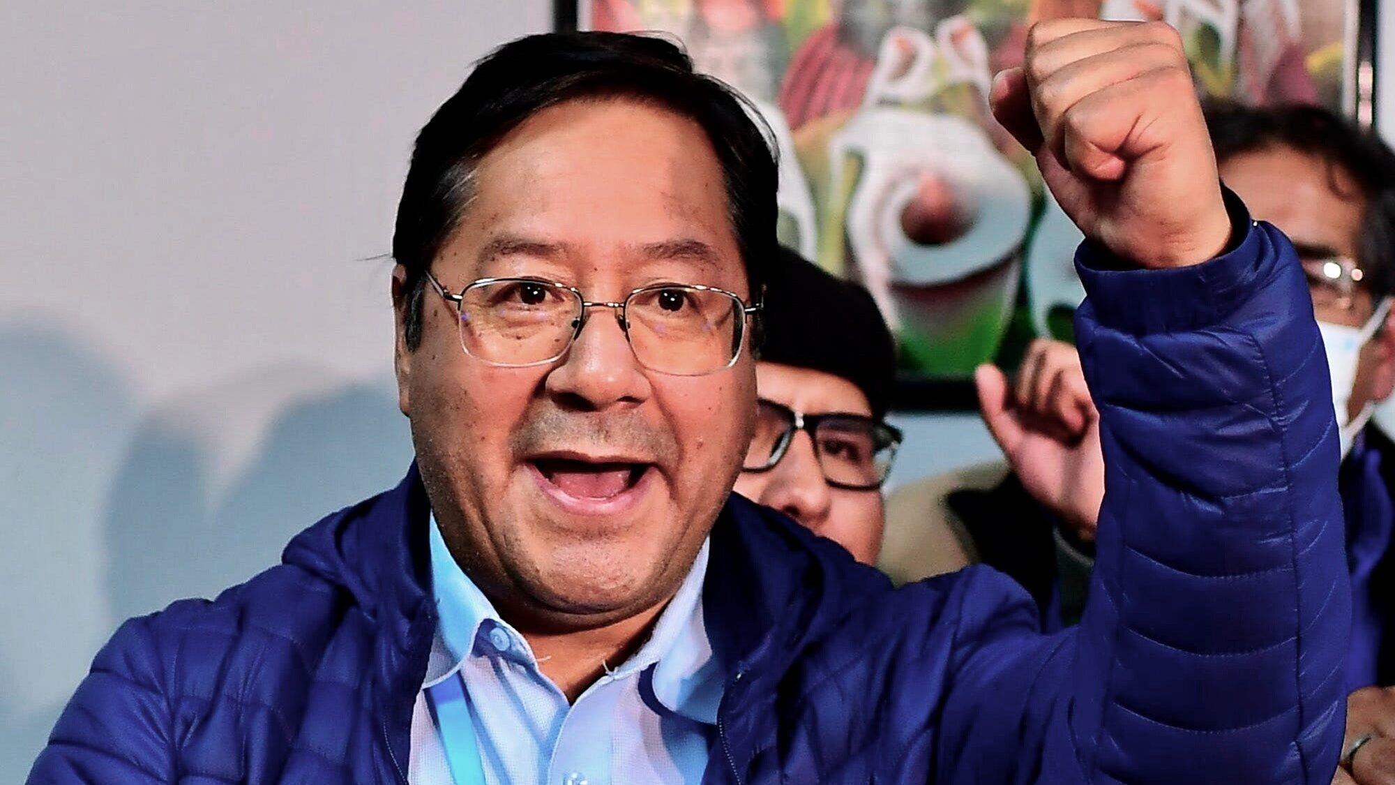 Bolivia, alle elezioni trionfa il Movimiento al Socialismo