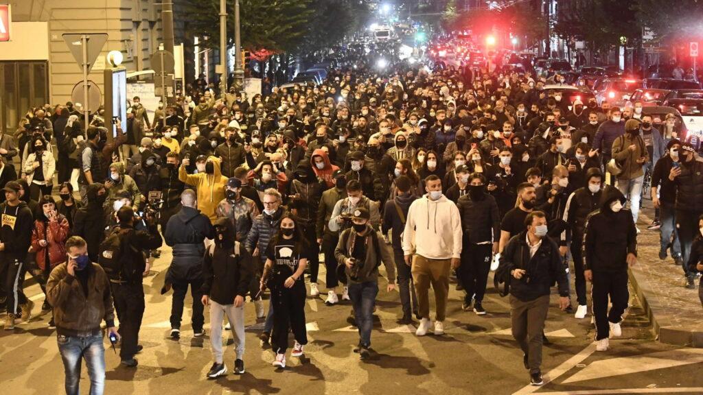 Napoli, due giorni di manifestazioni contro la gestione dell'emergenza Covid