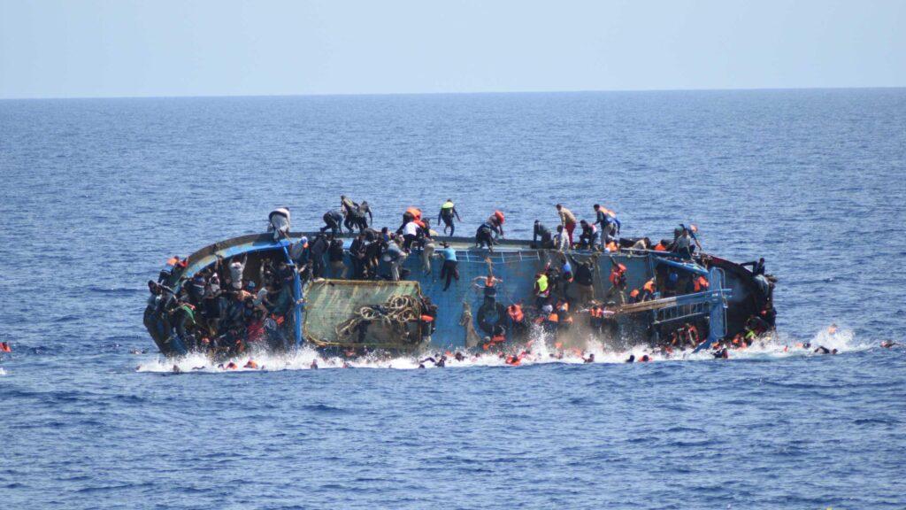 Libia, nuovi naufragi muoiono 94 migranti