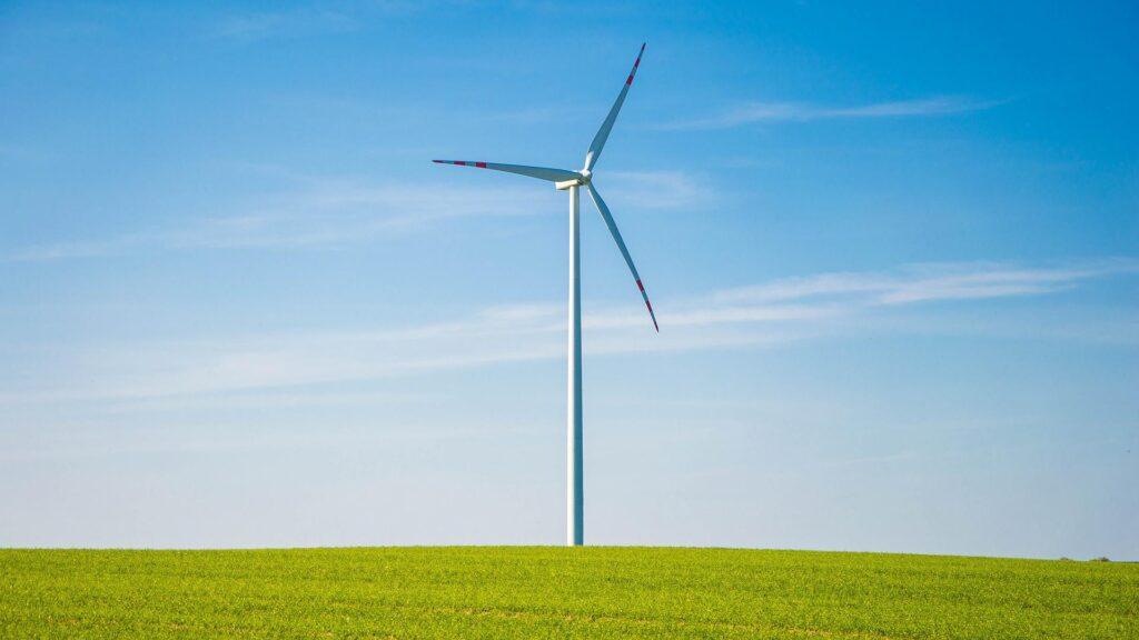 L'impatto territoriale della transizione energetica: un'indagine sulla filiera dell'eolico nel Mezzogiorno