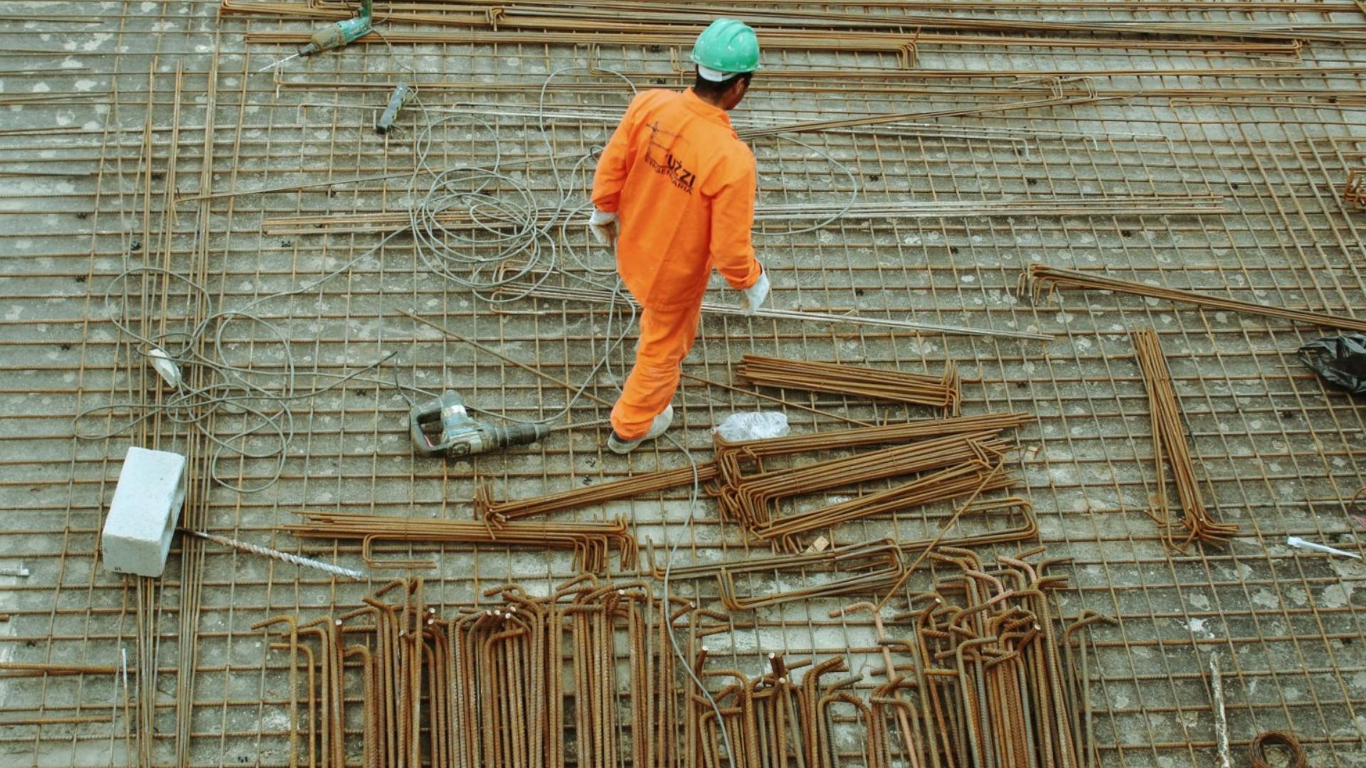 Il divario salariale dei lavoratori migranti continua ad aumentare