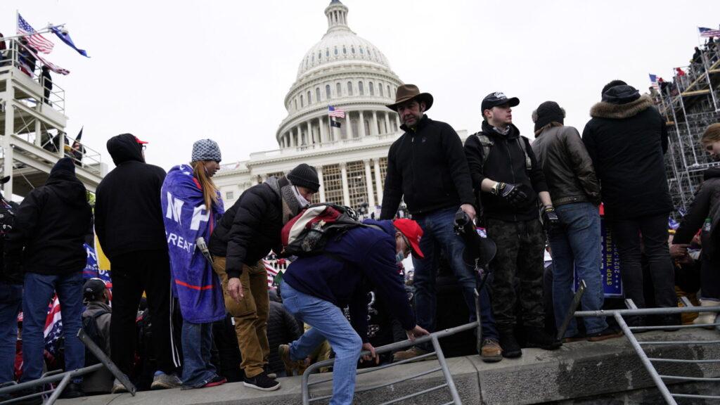 L'assalto a Capitol Hill nel prisma delle pieghe del diritto