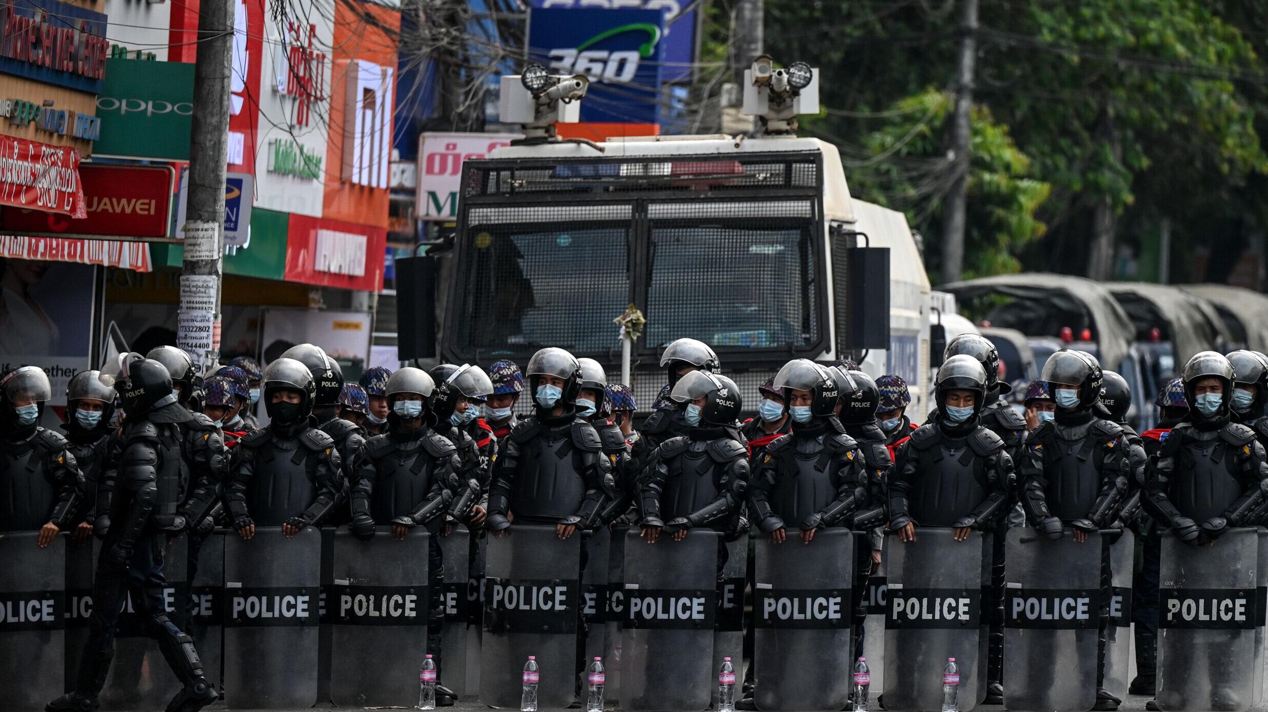 Myanmar, la strage quotidiana dei militari: 82 vittime
