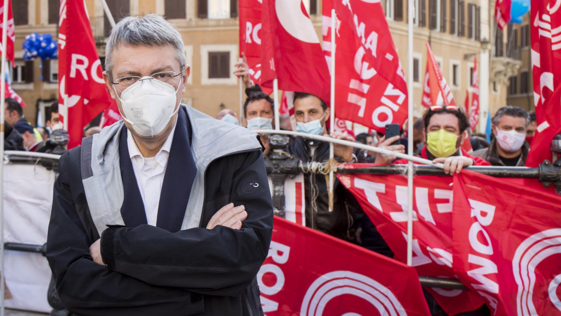 «Il tempo nuovo del sindacato». Dialogo tra Luciana Castellina e Maurizio Landini