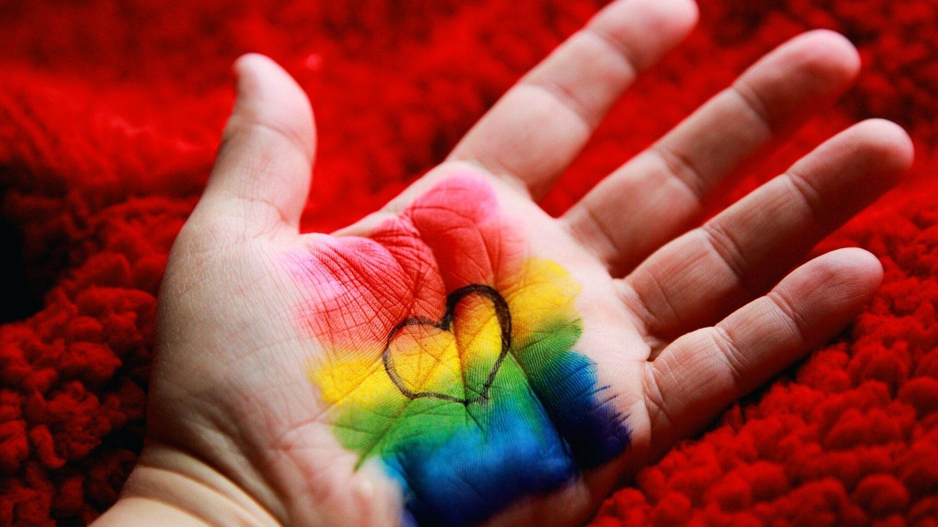 Cos'è la legge contro l'omotransfobia e le violenze di genere