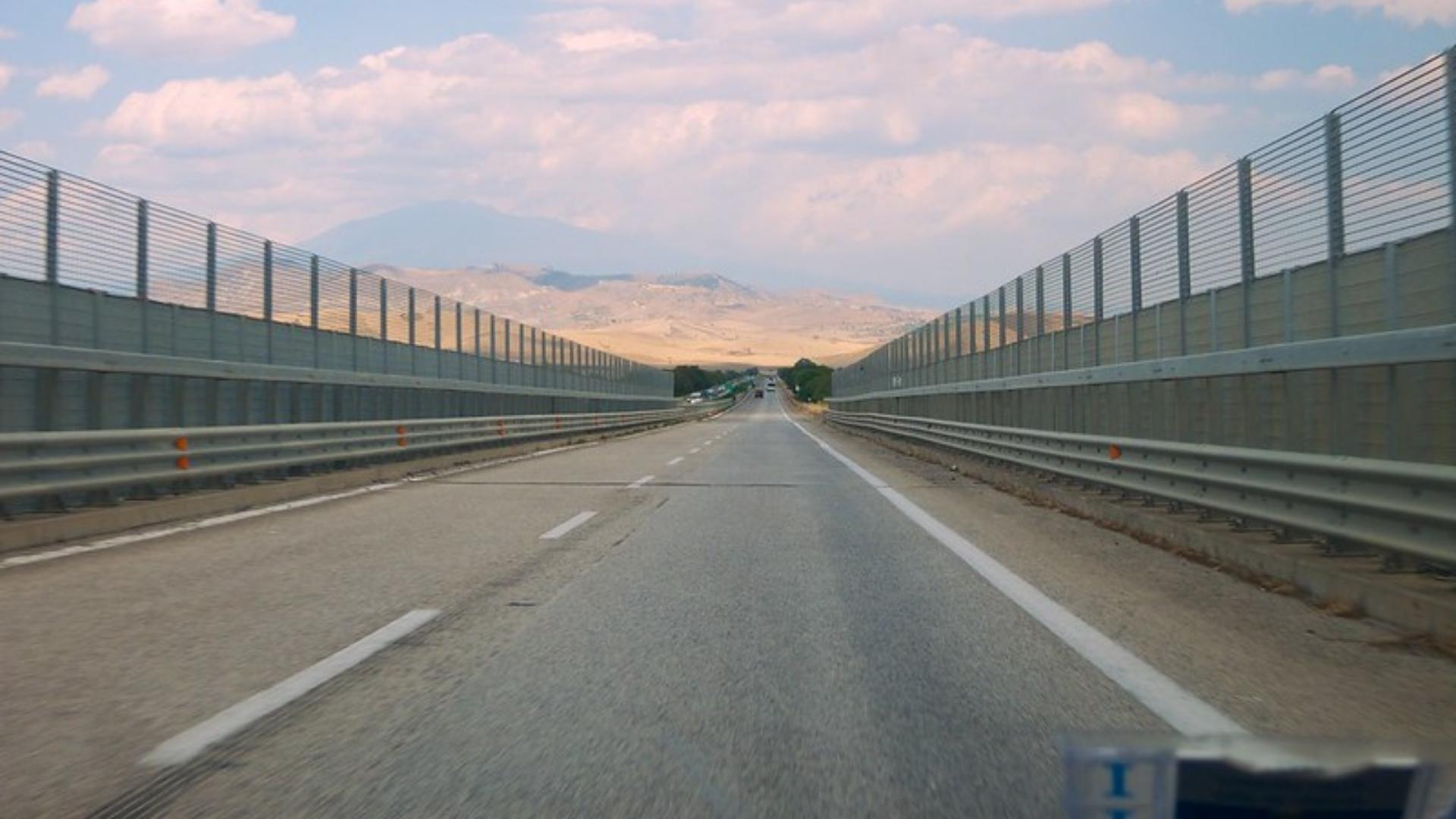 Le autostrade a debito