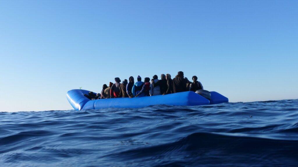 """Migranti, Oxfam: """"Ancora una volta l'Europa dei diritti muore alle frontiere"""""""