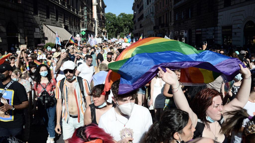 """Dal Rivolta Pride: """"Molto più di Zan, di legge 194 e di legge 164! Vogliamo tutto!"""""""