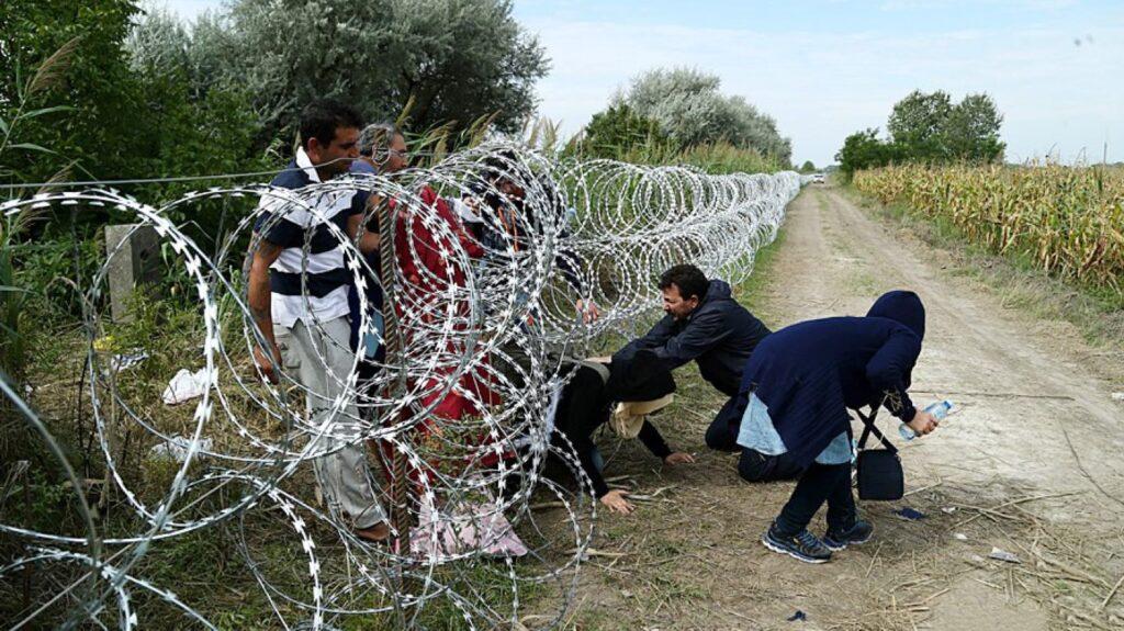 Albania migrante, tutti sognano la fuga