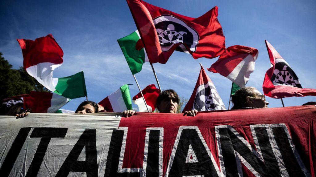 """CasaPound fa festa con Lega e Fdi. L'Anpi: """"Sono fascisti, e Salvini lo sa"""""""