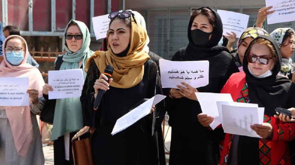 Il ruolo del femminismo bianco nell'invasione dell'Afghanistan